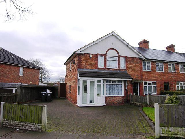 3 Bedrooms Semi Detached House for sale in Hartley Road,Kingstanding,Birmingham