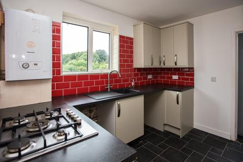 3 bedroom apartment to rent - Redhill Drive, Ensbury Park, Bournemouth