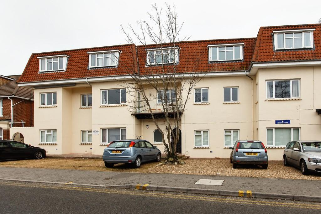2 Bedrooms Apartment Flat for sale in 2 Bed Apartment