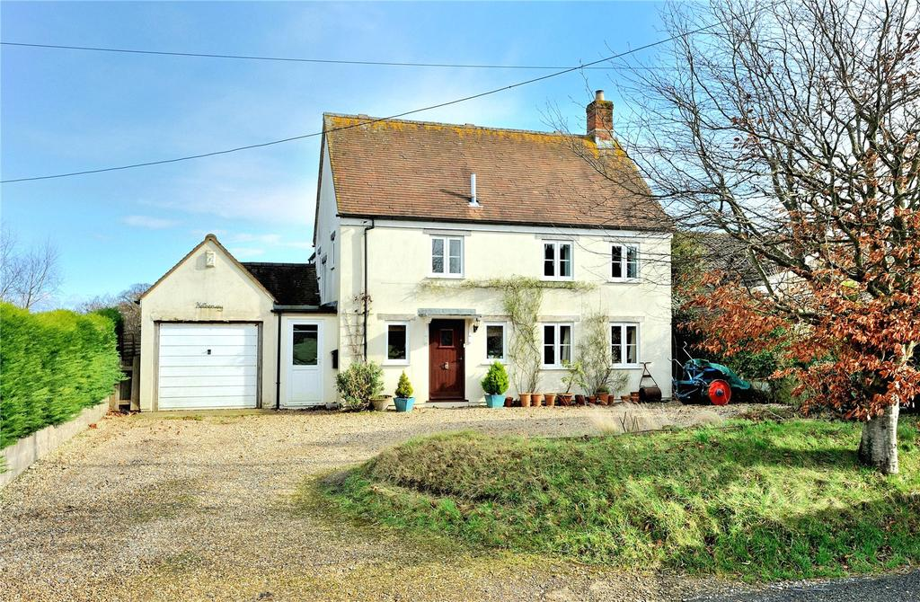 3 Bedrooms Detached House for sale in Buckland Newton, Dorchester, Dorset