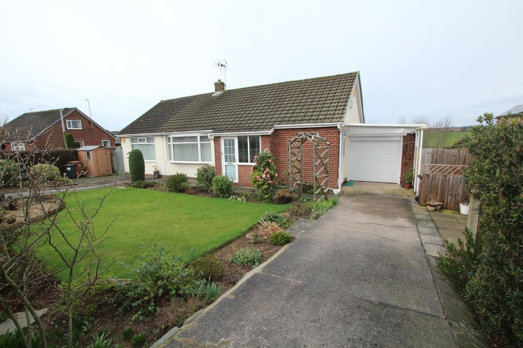 2 Bedrooms Detached Bungalow for sale in 117 Yarlside Road, Barrow