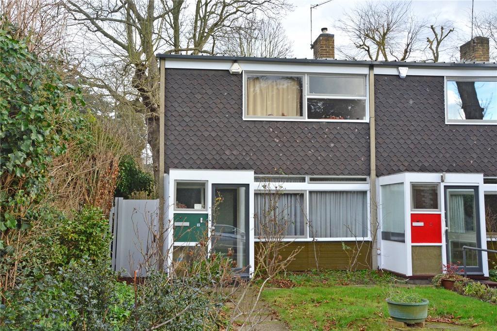 3 Bedrooms Semi Detached House for sale in Foxes Dale, Blackheath, London, SE3