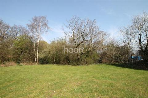 2 bedroom flat to rent - Chigwell, IG7