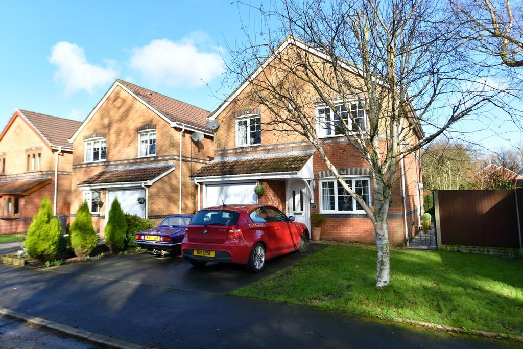 4 Bedrooms Detached House for sale in Whitemoss Road, Skelmersdale