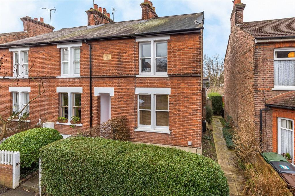 2 Bedrooms End Of Terrace House for sale in Normandy Road, St. Albans, Hertfordshire