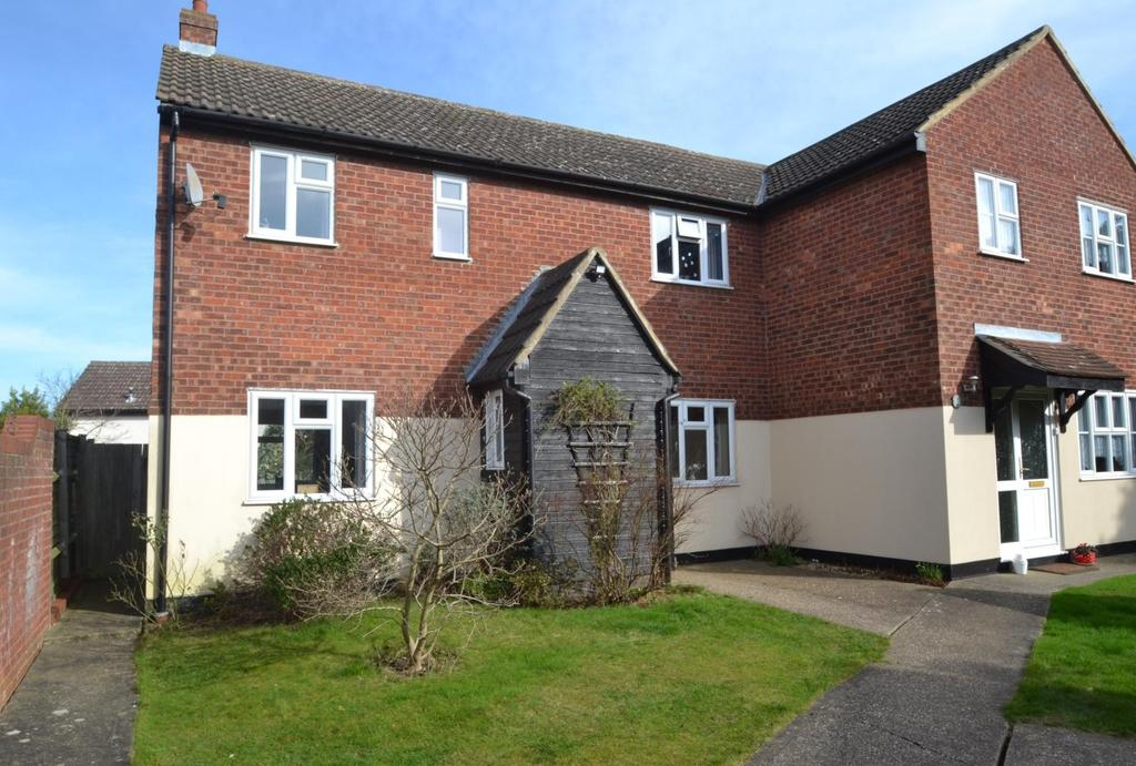 3 Bedrooms Semi Detached House for sale in Dorset Way, Billericay, Essex, CM12