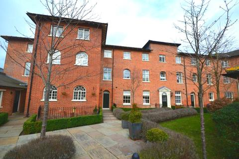 2 bedroom apartment to rent - St. Lukes Court, Old St. Michaels Drive, Braintree, Essex, CM7
