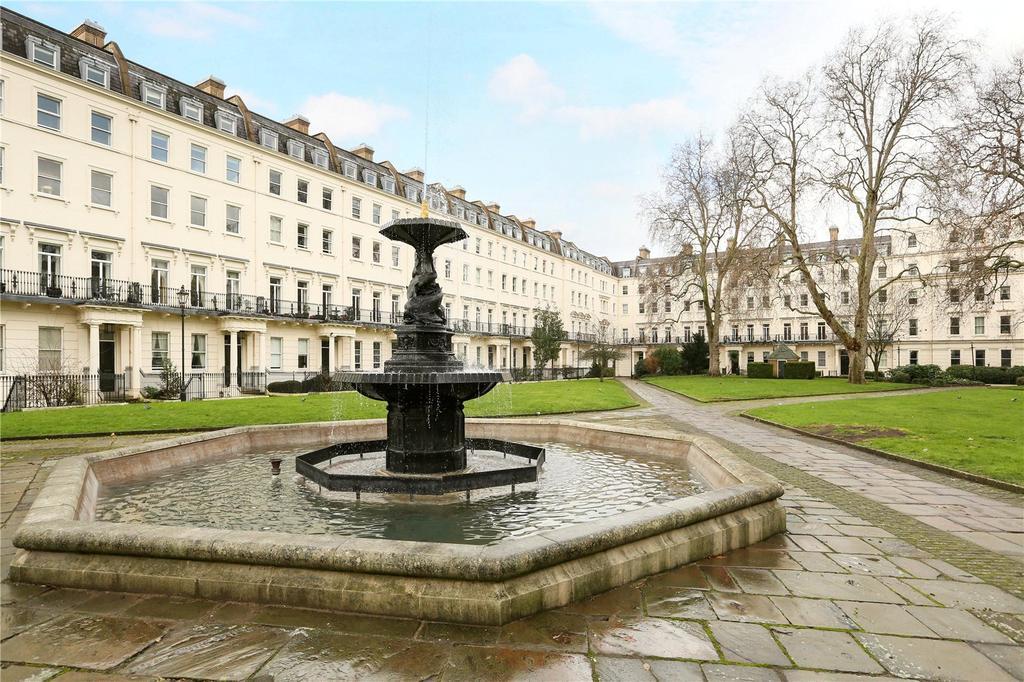 2 Bedrooms Flat for sale in Devonshire House, 29 Lindsay Square, Pimlico, London, SW1V