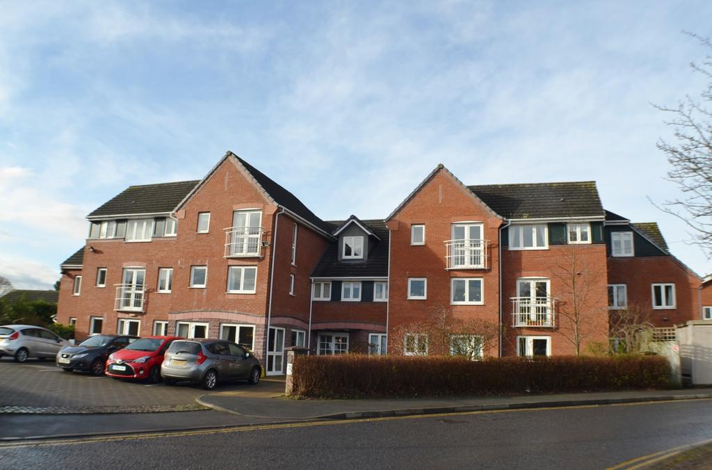 1 Bedroom Retirement Property for sale in Lovell Court, Parkway, Holmes Chapel