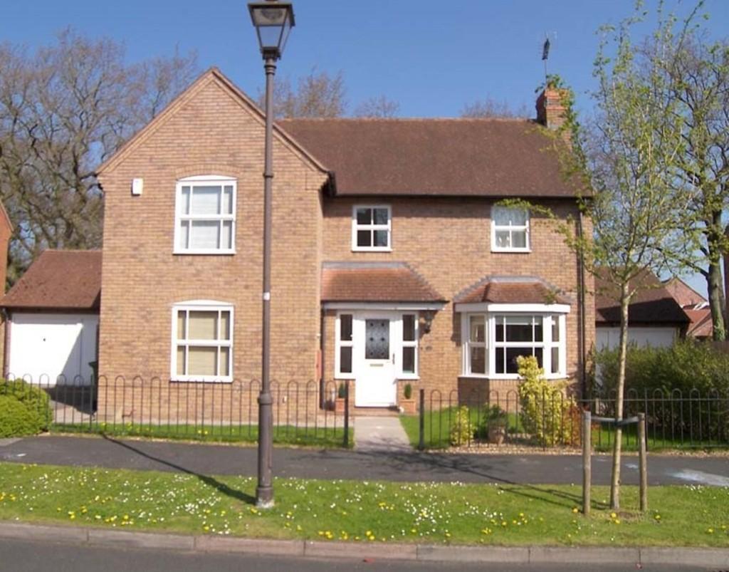 4 Bedrooms Detached House for sale in Meadow Pleck Lane, Dickens Heath