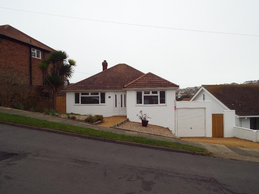 2 Bedrooms Bungalow for sale in Chichester Drive East Saltdean East Sussex BN2