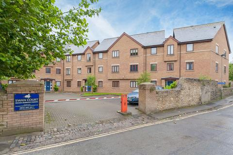 2 bedroom flat to rent - Swan Court, Paradise Street, Oxford