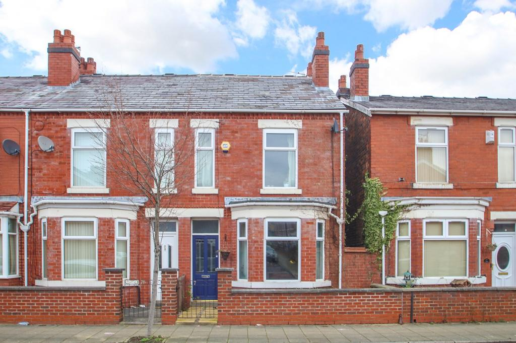 2 Bedrooms End Of Terrace House for sale in Taylors Road, Stretford, Manchester, M32