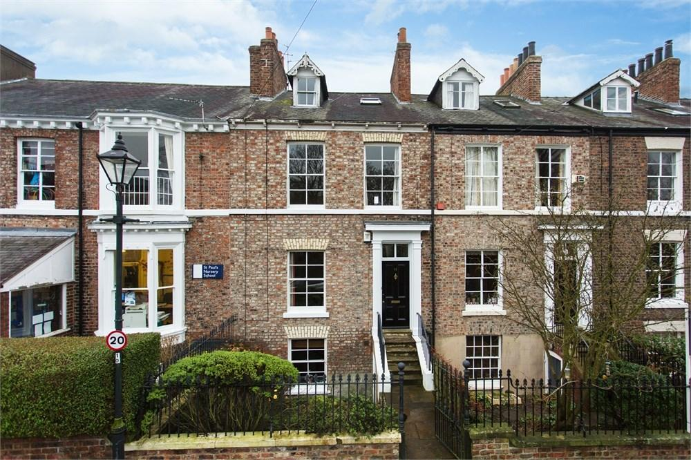 4 Bedrooms Town House for sale in St Pauls Square, York, YO24