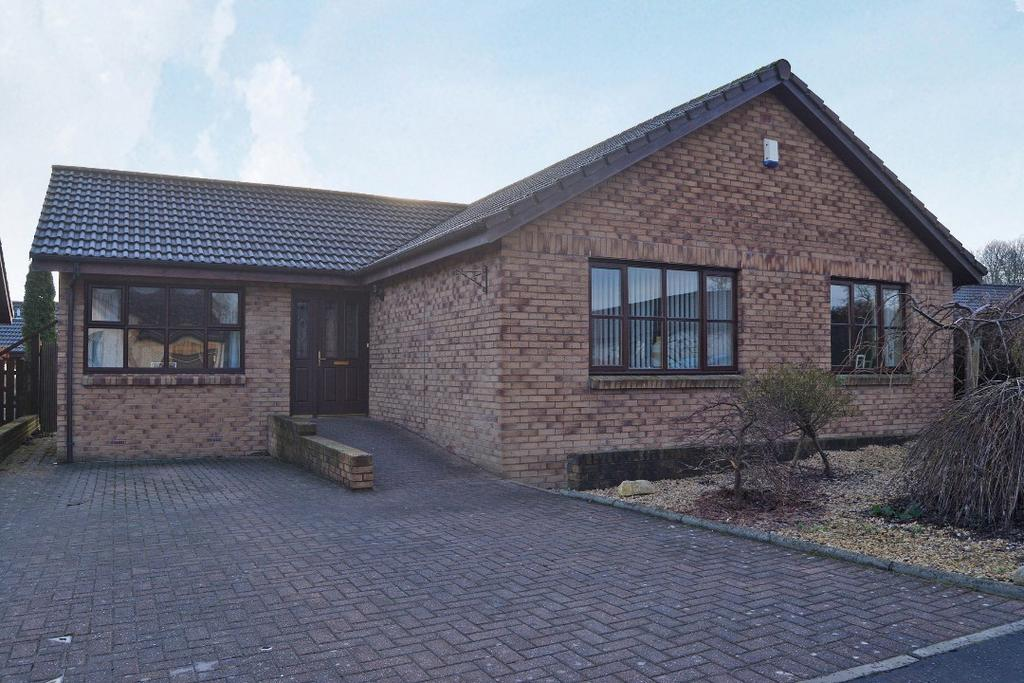 4 Bedrooms Bungalow for sale in Shierlaw Gardens, Airth, Falkirk, FK2 8RB