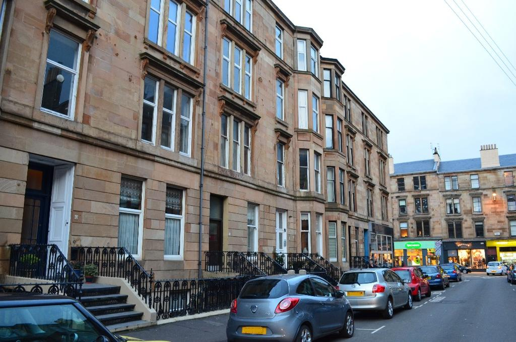 4 Bedrooms Flat for sale in Roxburgh Street, Flat 2/2, Dowanhill, Glasgow, G12 9AP