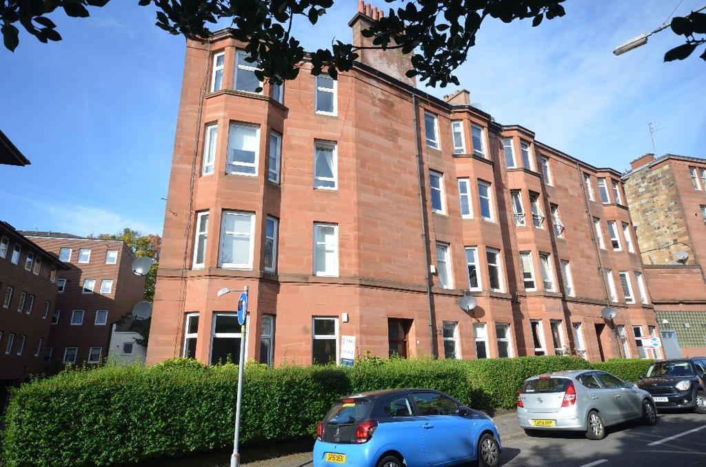 1 Bedroom Flat for sale in Battlefield Gardens, Flat 3/2, Battlefield, Glasgow, G42 9JW