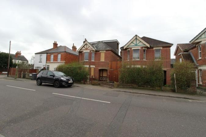 4 Bedrooms Detached House for sale in Nortoft Road, Charminster