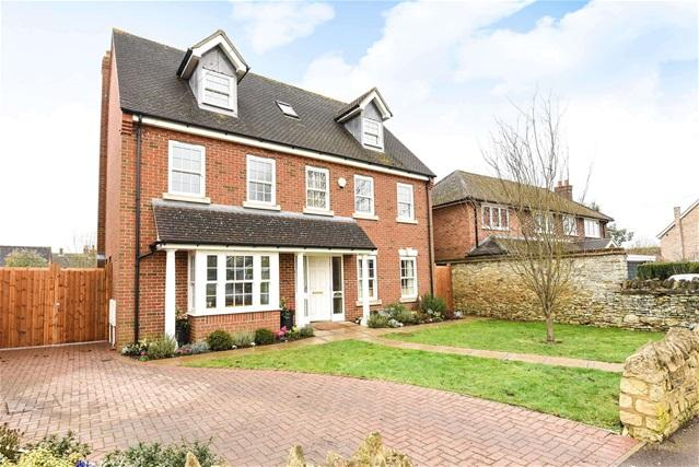 5 Bedrooms Detached House for sale in Radwell Road, Milton Ernest