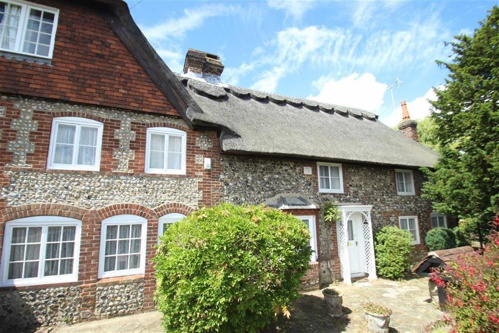 3 Bedrooms Semi Detached House for sale in Sea Lane, Rustington, West Sussex