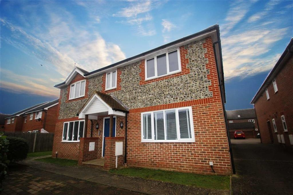 2 Bedrooms Flat for sale in Dane Acre, Angmering, West Sussex