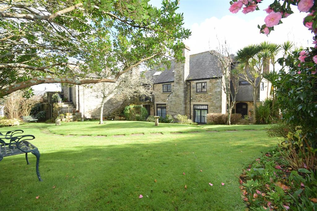 2 Bedrooms Apartment Flat for sale in Grove Place, Falmouth