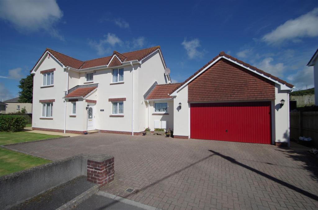 4 Bedrooms Detached House for sale in Ilfracombe Hill