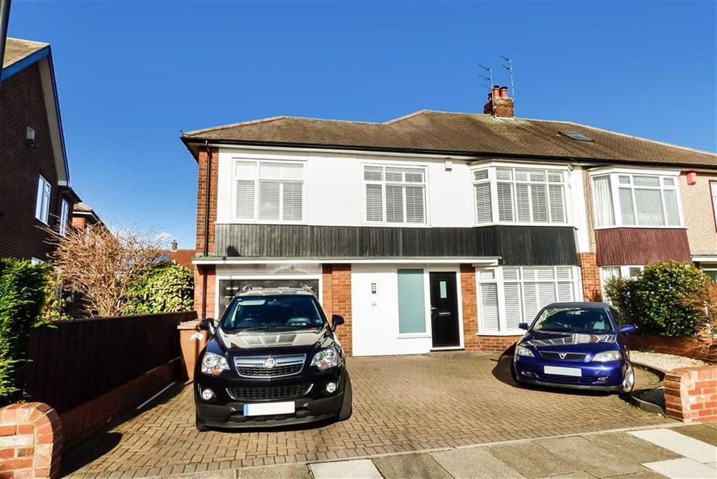 4 Bedrooms Semi Detached House for sale in Monks Way, Tynemouth