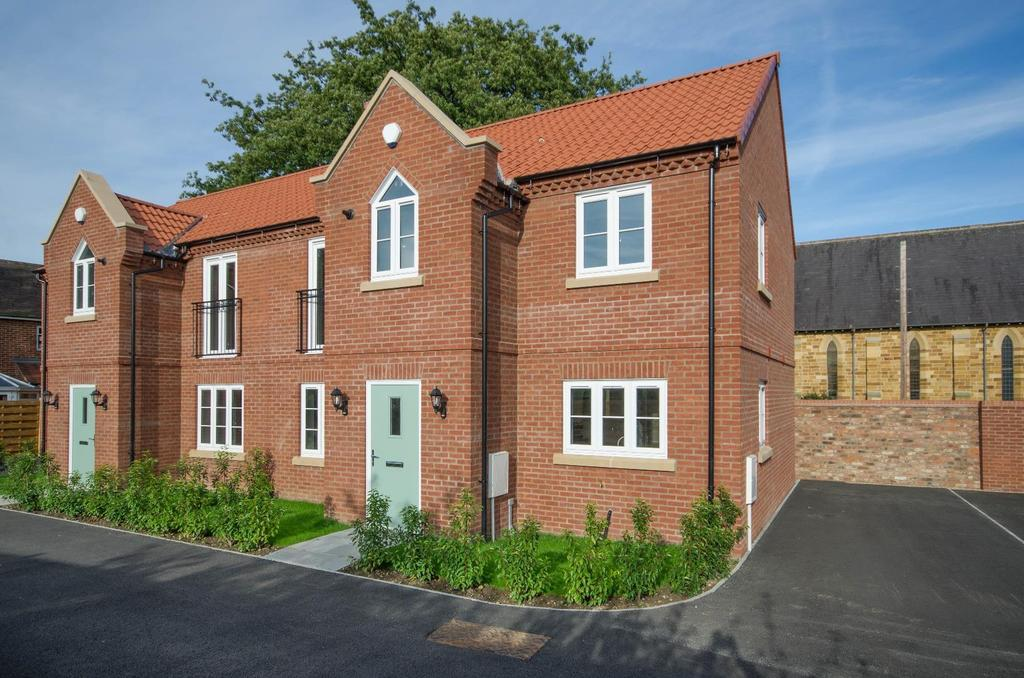 3 Bedrooms Semi Detached House for sale in 2 Shepherds Mews, Long Street, Easingwold
