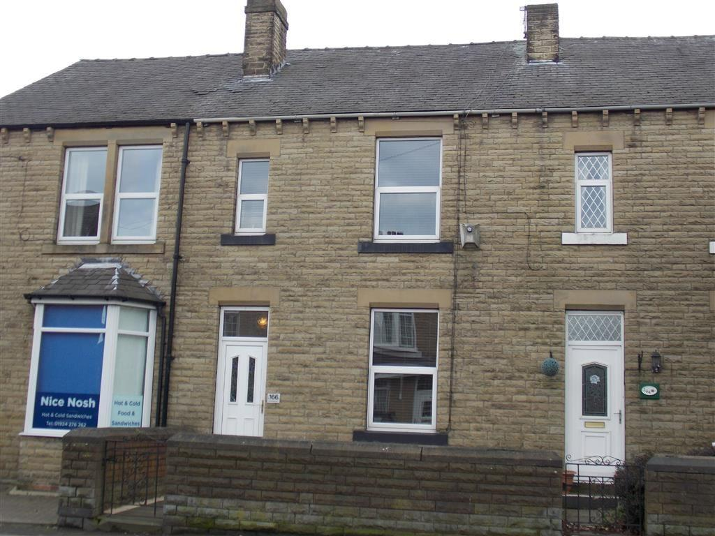 3 Bedrooms Terraced House for sale in Station Road, Ossett, WAKEFIELD, WF5