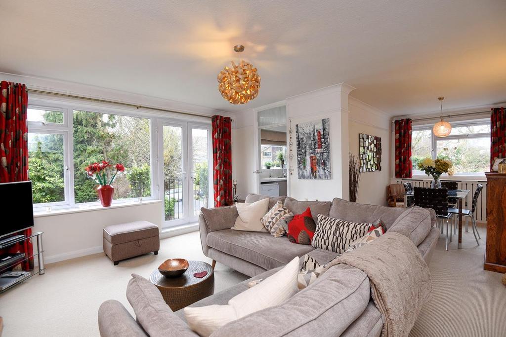 2 Bedrooms Flat for sale in Beckenham Grove, Bromley
