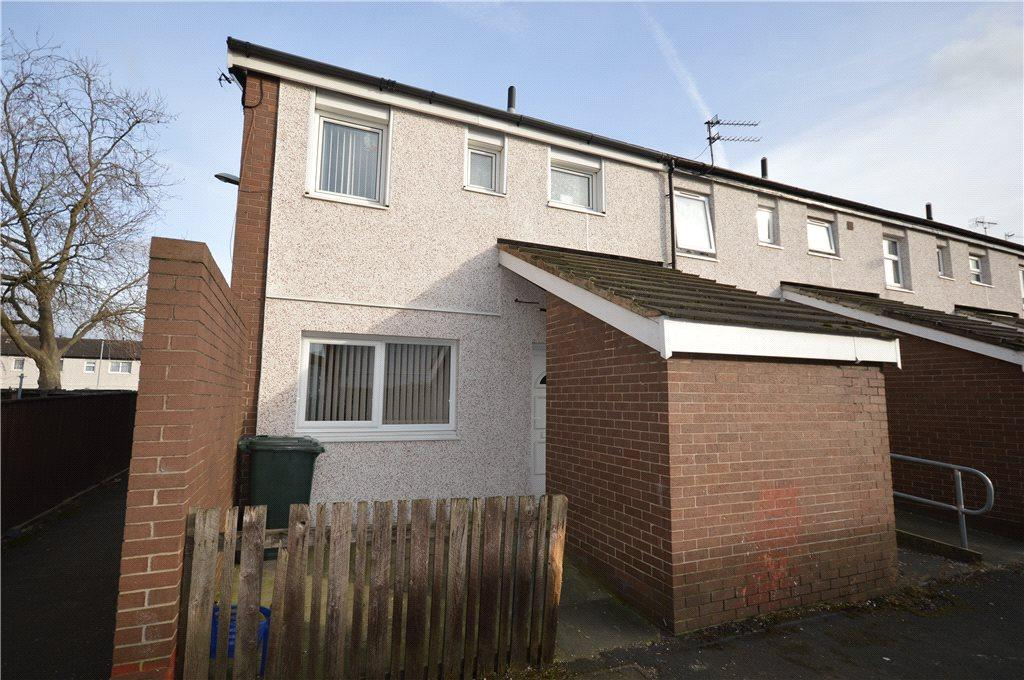 3 Bedrooms Terraced House for sale in Rocheford Grove, Leeds, West Yorkshire
