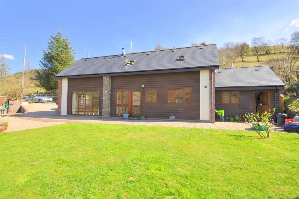 2 Bedrooms Detached House for sale in Tylwch, Llanidloes