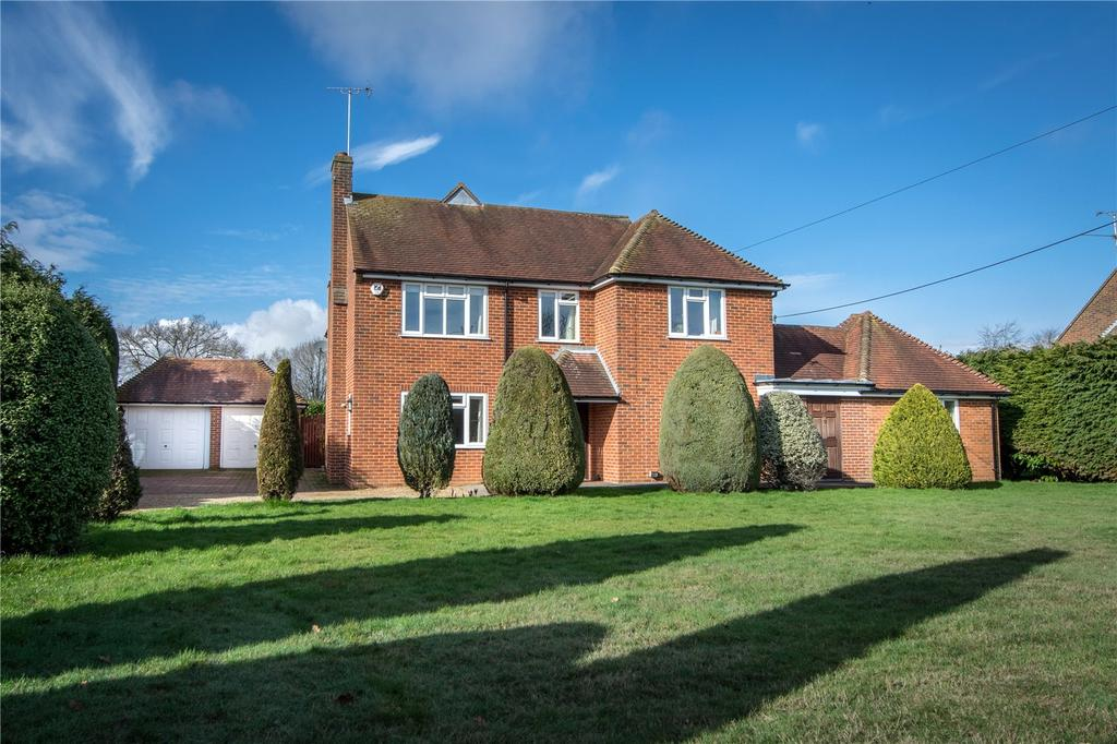 4 Bedrooms Detached House for sale in Reading Road, Burghfield, Reading, Berkshire, RG7