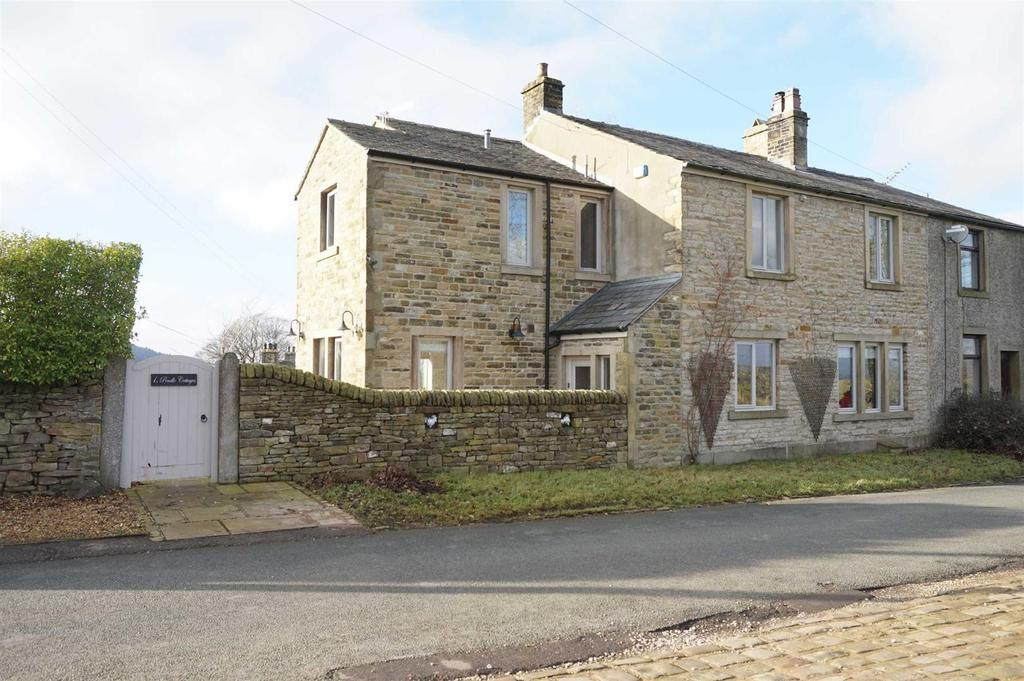 3 Bedrooms Semi Detached House for sale in Pendle Cottages, Twiston