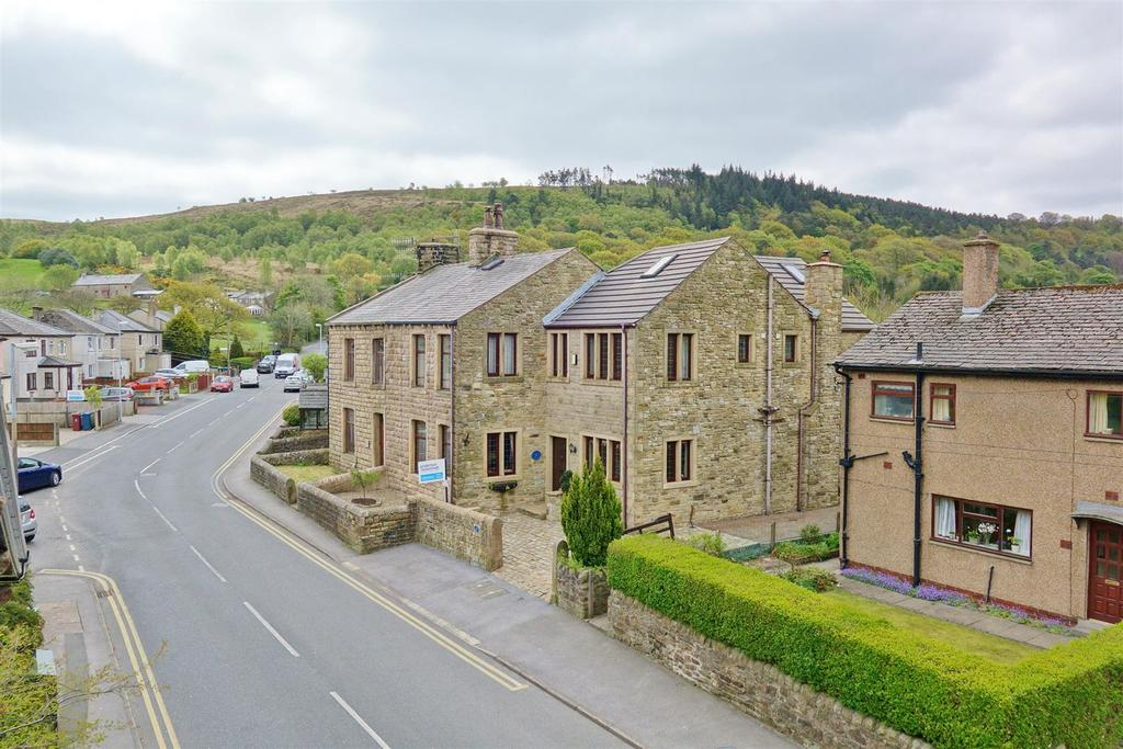 6 Bedrooms End Of Terrace House for sale in Padiham Road, Sabden
