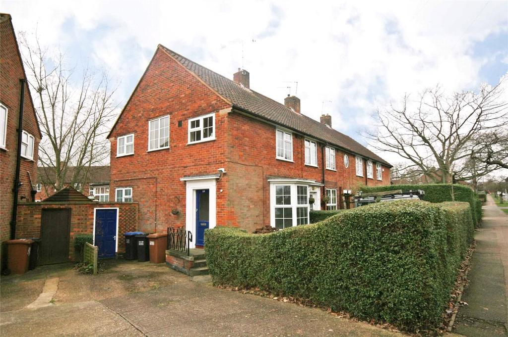 3 Bedrooms End Of Terrace House for sale in Holwell Road, Welwyn Garden City, Hertfordshire