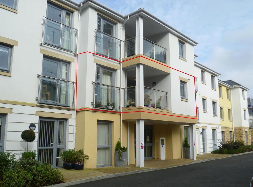 2 Bedrooms Retirement Property for sale in 2 bedroom apartment at Tregolls Road, Truro TR1