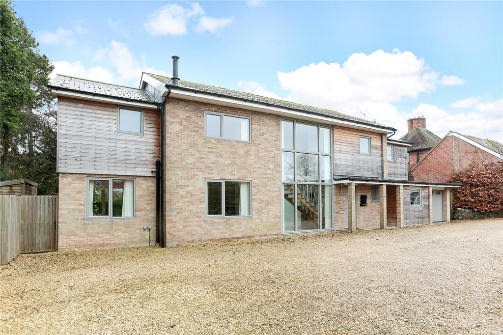 4 Bedrooms Detached House for sale in Kingsbury Street, Marlborough, Wiltshire