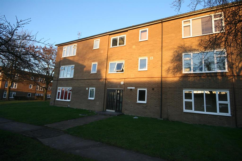1 Bedroom Apartment Flat for sale in Desborough Road, Hitchin
