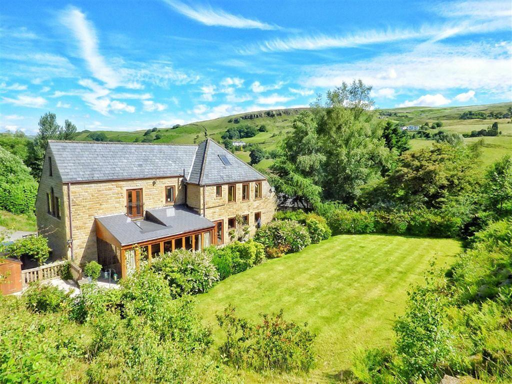 5 Bedrooms Detached House for sale in Peacock Lane, Todmorden, Lancashire, OL14