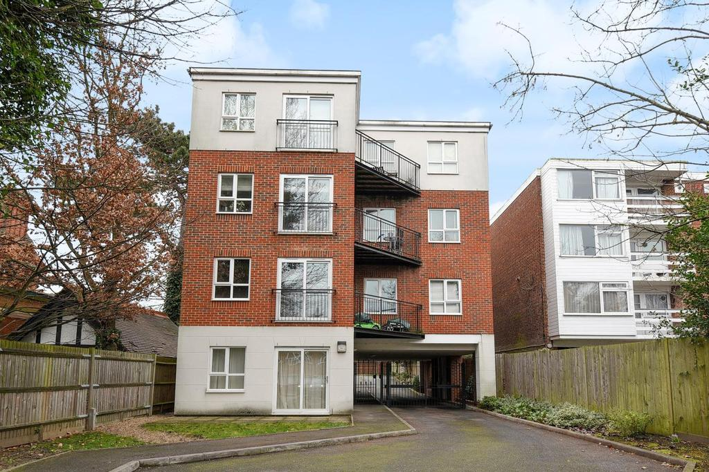 1 Bedroom Flat for sale in Southend Road, Beckenham, BR3