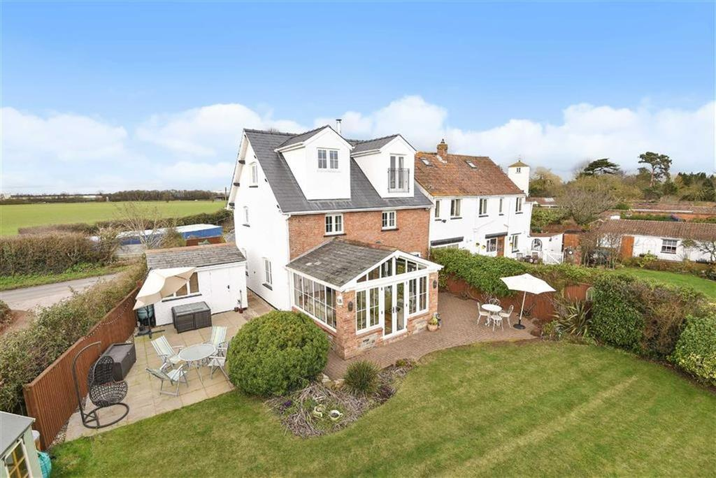 4 Bedrooms Semi Detached House for sale in Huntworth Lane, Huntworth, Bridgwater, Somerset, TA7