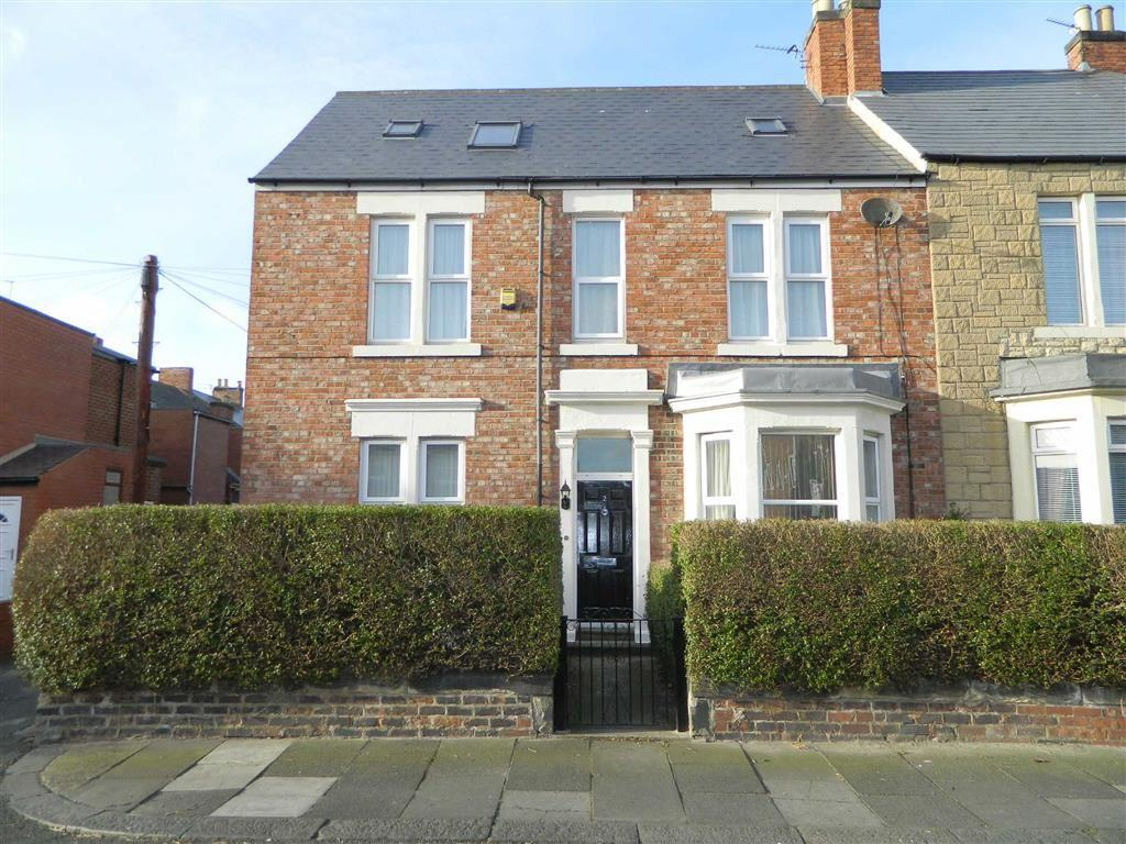 3 Bedrooms Terraced House for sale in Lovaine Place West, North Shields, Tyne And Wear, NE29