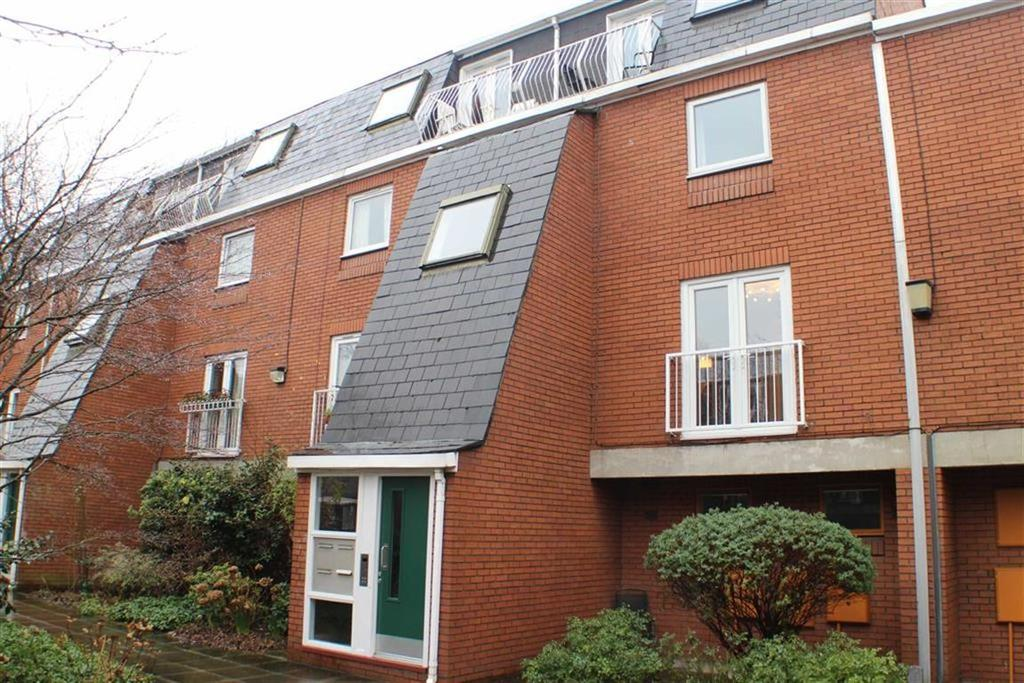 2 Bedrooms Flat for sale in Porchfield Square, St Johns Gardens, Manchester