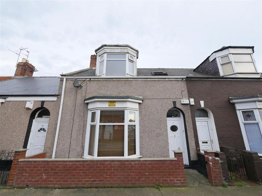 3 Bedrooms Terraced House for sale in St. Leonard Street, Hendon, Sunderland