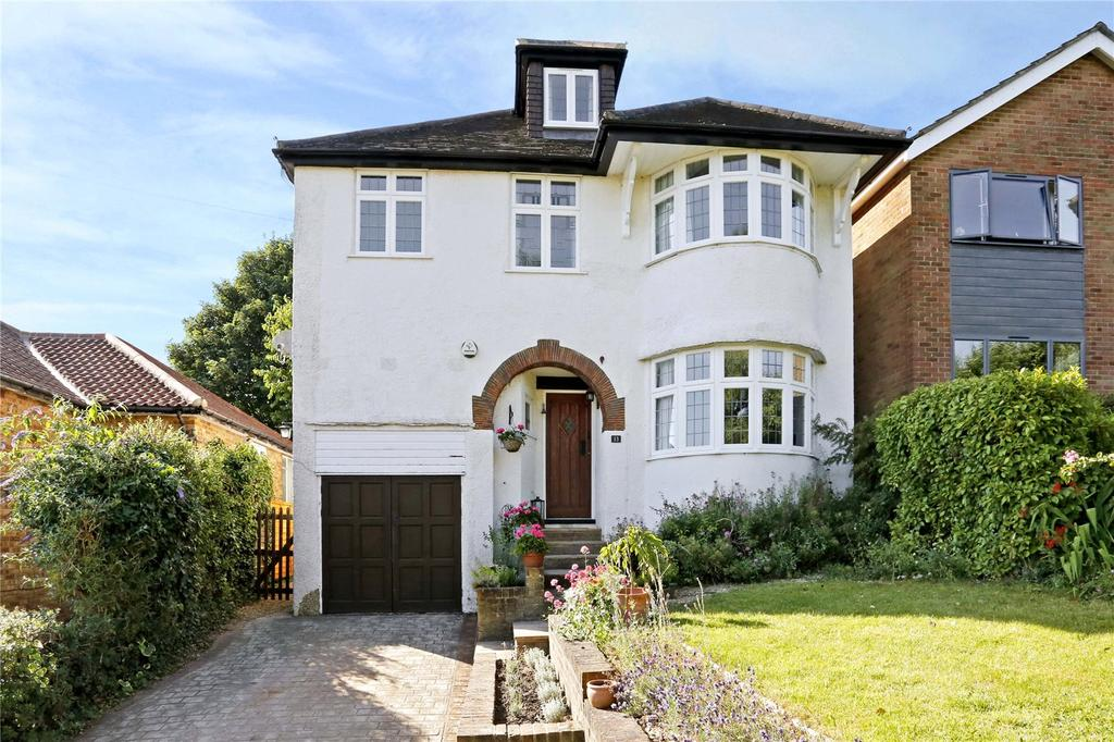 5 Bedrooms Detached House for sale in The Rise, Amersham, Buckinghamshire, HP7