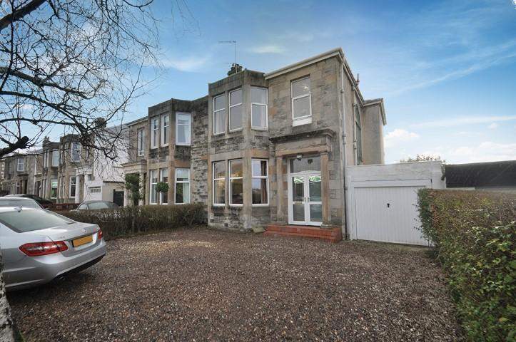 3 Bedrooms Semi-detached Villa House for sale in 154 Eastwoodmains Road, Clarkston, G76 7HF