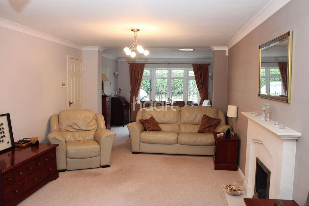 4 Bedrooms Detached House for sale in Broadlands, Hockley