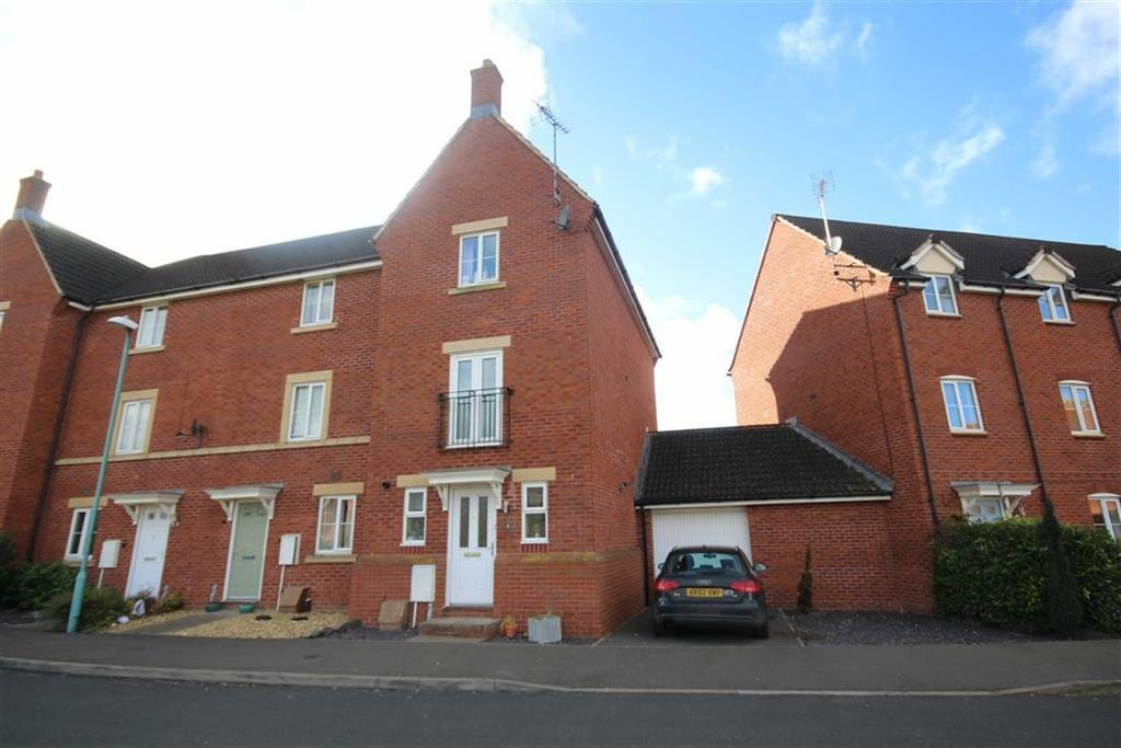 3 Bedrooms Town House for sale in Crown Road, Tewkesbury, Gloucestershire